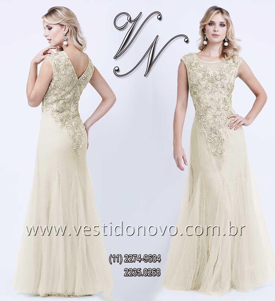 029d8a7e1b vestido mãe do noivo plus size de renda na cor nude bordado em ouro velho